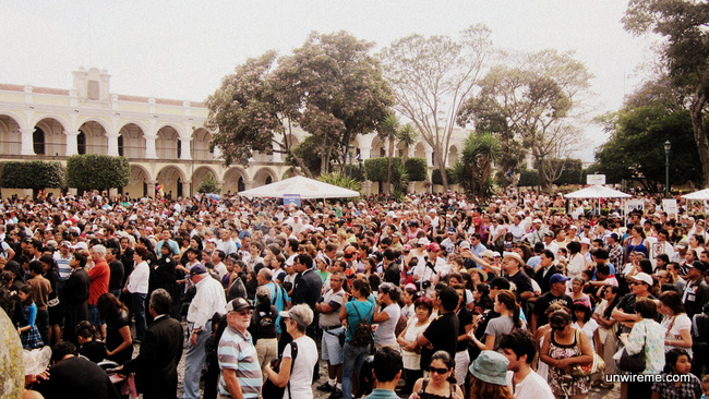 Holy Week crowds at Parque Central - holy week photos Antigua Guatemala