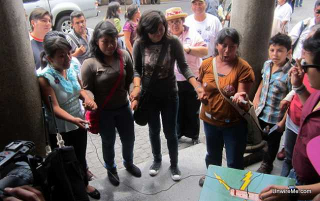 Street performers at Sexta Avenida in Guatemala City