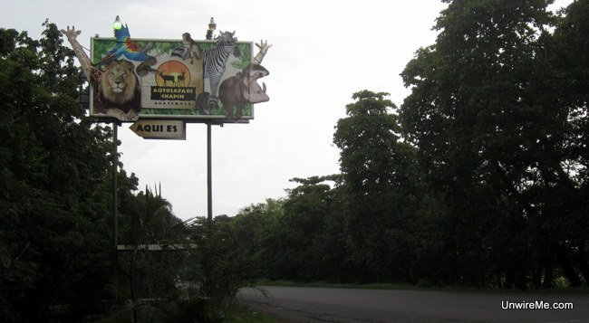 Entrance sign for AutoSafari Chapin