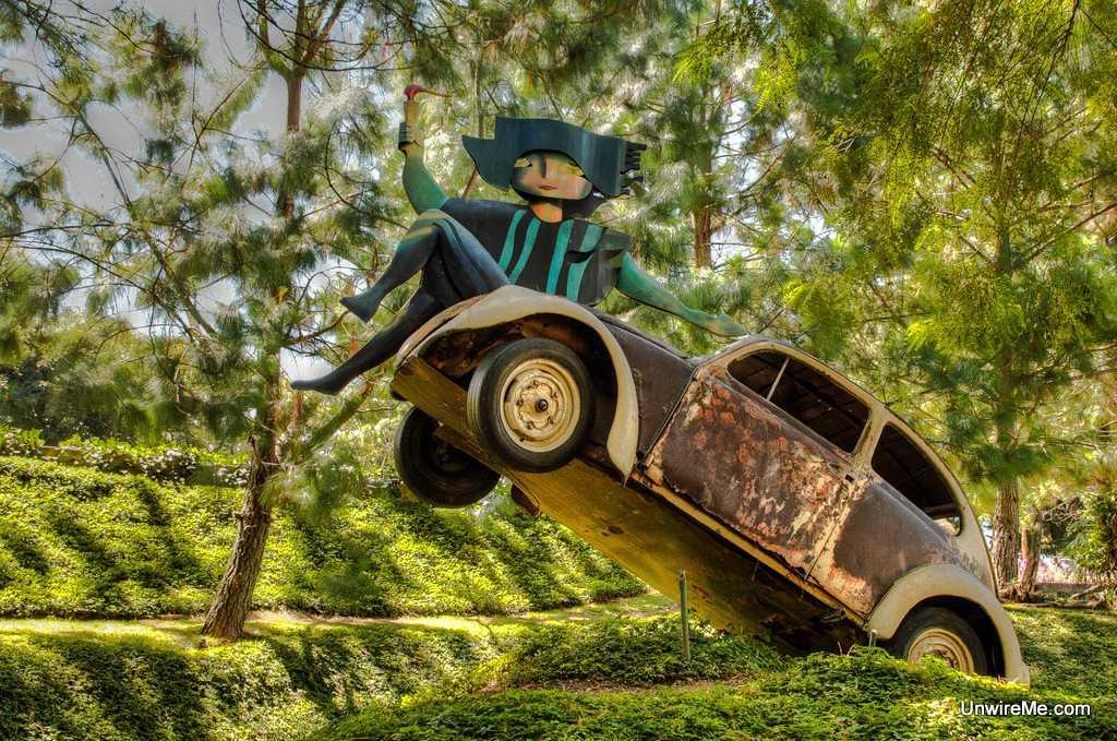 Efrain Recino's former VW Beetle