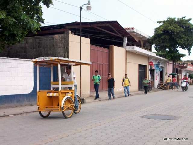 ride from terminal to border in tecun uman