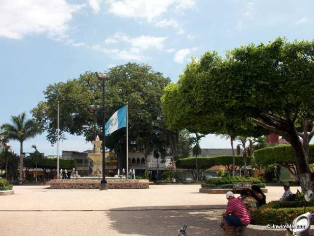 central plaza, tecun uman guatemala
