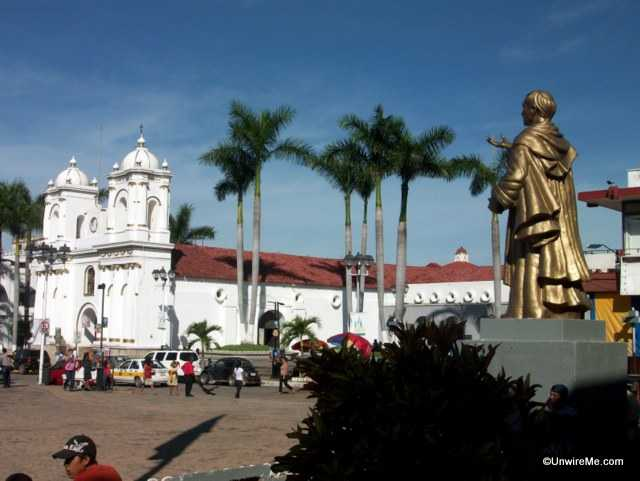 busy plaza in tapachula