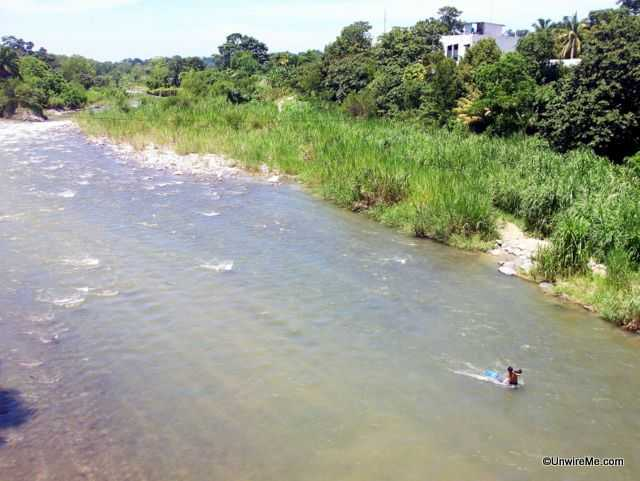 river crossing from central america to mexico