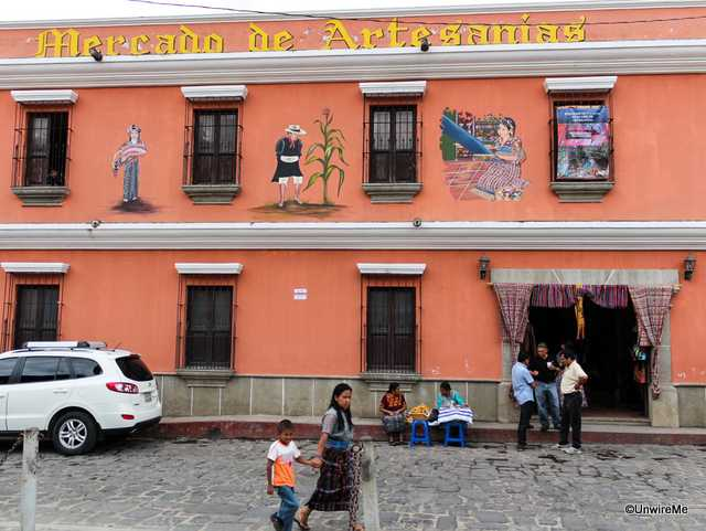 San Antonio Aguascalientes Handicrafts Market