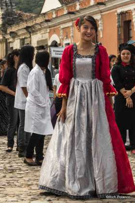 traditional Spanish dress