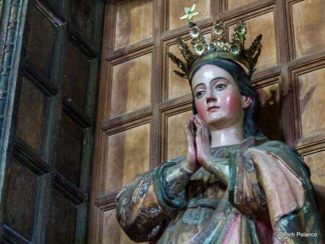 statue, San Juan del Obispo Church