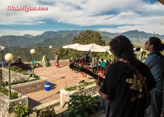 live music at Cerro San Cristobal Antigua Guatemala