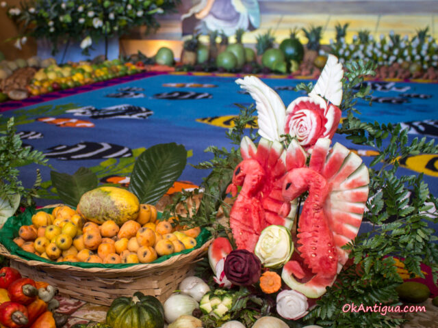 fruit artwork, alfombra in Santa Catarina Bobadilla