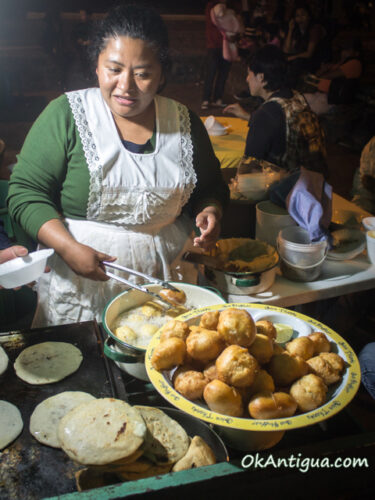 Street vendor selling bunuelos