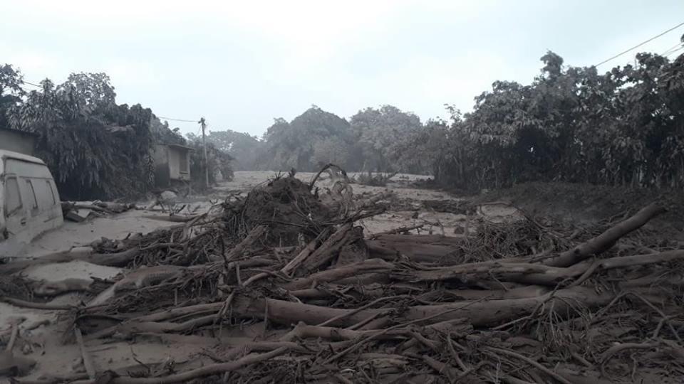 the main road from Antigua to the coast was impassable